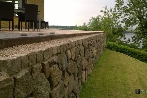 Kantsikring-af-terrasser-og-bed-11